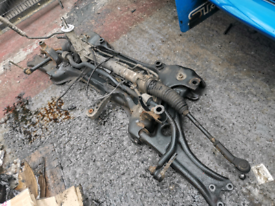 Complete subframe for a VW Caddy 2005-2010