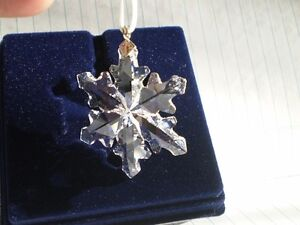 "Swarovski Crystal Figurine-"" Little Snowflake Ornament "" #9400NR Kitchener / Waterloo Kitchener Area image 6"