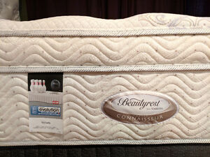 Awesome King Beautrest Plush 15in Pocket Coil Mattress Incl Deli