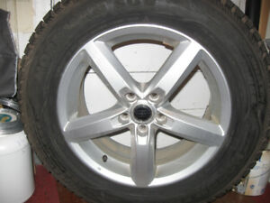 4 Volvo XC60 OEM Mags /Jantes with 235/65/17 Nokian Winter Tires