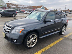 2010 Mercedes Benz GLK 350 - Very Well Maintained