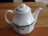 Royal Doulton Juno Teapot - 2 Pints