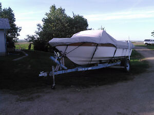 appollo 18 ft inboard  260 horse 350 chevy boat