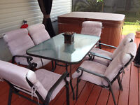 Table Patio avec 6 chaises
