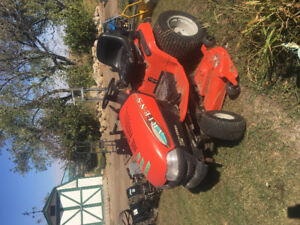 Ariens hydro stat riding lawnmower