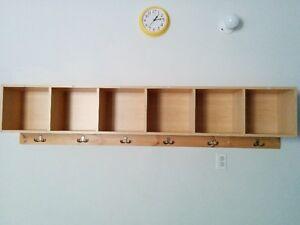 Meuble de garderie pour vestiaire 6 casiers en excellent état