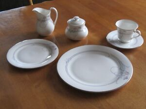 Royal Doulton Alegro Fine Bone China