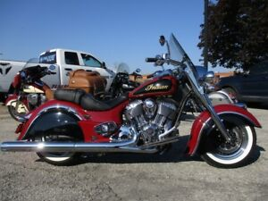 2015 Indian Motorcycle Chief Classic Indian Red/Thunder Black