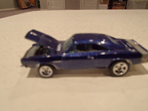 LOOSE 2005 Muscle Mania Hot Wheels #104 Purple 69 Dodge Charger Sarnia Sarnia Area image 2