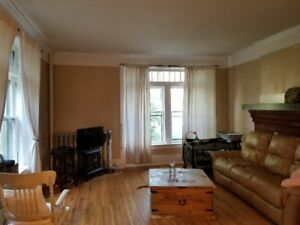U of W 2 minutes. All-inclusive. 2 bd on Randolph @ Riverside Dr
