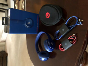 Beats SOLO2 Wireless [Basically Brand New]