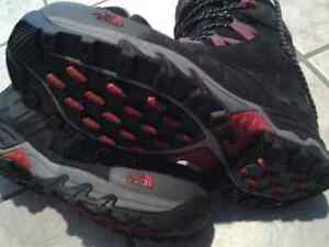 North face winter boots 10.5