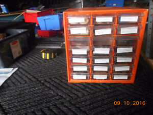 12 diff size of plastic parts cabinets and accessories Kitchener / Waterloo Kitchener Area image 3