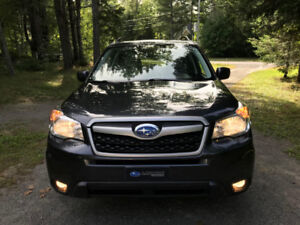 Forester 2015 2.5i Tourisme excellente condition !