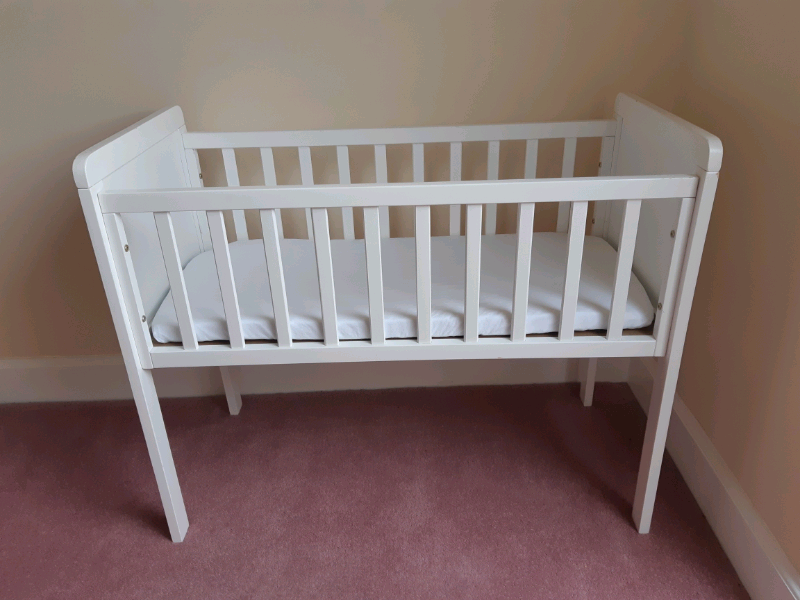 innovative design cb753 1bd0b Mothercare Hyde crib (waterproof mattress and 2x fitted sheets) | in  Tranent, East Lothian | Gumtree