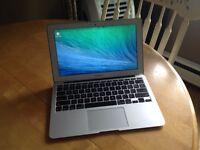 """MacBook Air 11"""" - Core i5 1.3Ghz - 4GB Ram - 120GB SSD"""