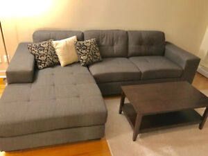 Sectional Chaise Sofa & Coffee Table