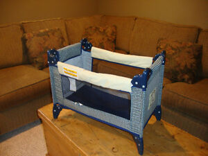 doll playard / crib