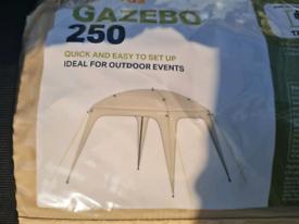 Gazebo 2,5mx2,5m new