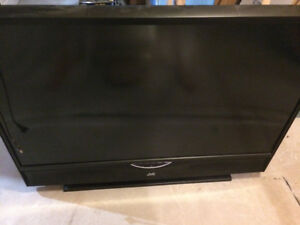 55-Inch Rear-Projection Widescreen JVC HDTV