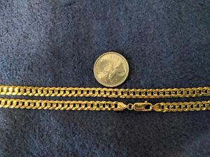 Men's gold curb link necklace