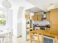 2 bedroom flat in Henley House, Shoreditch E2