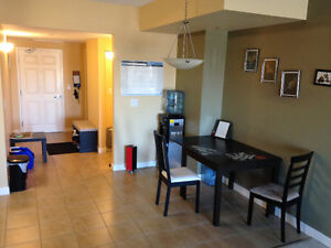 Pet Friendly 2 Bed 1 Bath Condo With Insuite Laundry July 1st