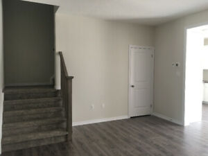 Brand New Townhouse  3 Bed/2.5Bath For Rent 2100$ Collingwood ON