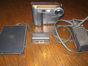 Classic Sony Digital Mavica Camera Windsor Region Ontario image 2