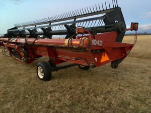 Case IH 1042 30 foot Draper Header (Macdon)