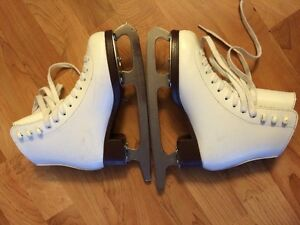 Figure skating skates for girl size 8 2/3