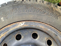 Hankook I Pike RC01 175/65r14 with rims 4x100