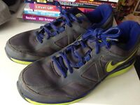 Men's Nike Dual Fusionlite 2 Running Trainers size UK10 (adults)