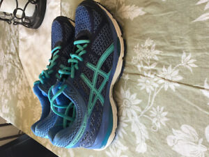 ASICS and under armour women's runners size 7
