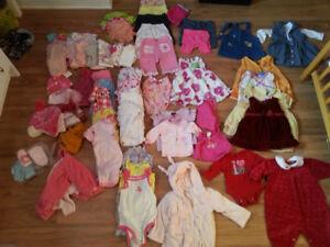 Lot de vêtements pour bébé - fille 0-6 mois