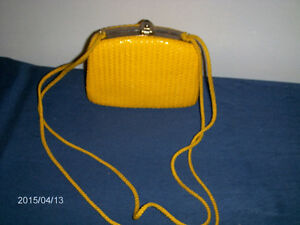VINTAGE ART DECO STYLE WEAVED PURSE-MADE IN ITALY-1950/60S