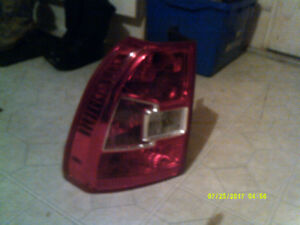 LINCOLN REAR TAIL LIGHT
