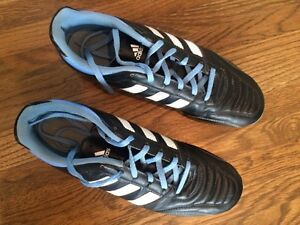 Women's soccer cleats size 9.5