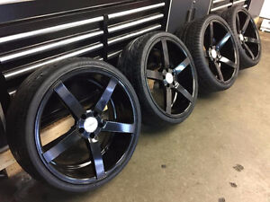 "20"" VOSSEN CV3 GLOSS BLACK STAGGERED WITH TIRES"