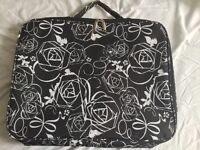 """Laptop case Tavel Bag to fit up to a 17"""" Laptop Brand New"""