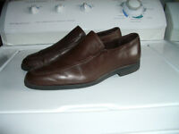 """""""Allen Edmonds """" ------- dress shoes ----------- size 10.5 US"