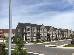 Brampton Townhouse/Condo 3 Bed 3 Bath 2 Parking