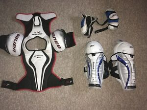 Senior Small Hockey Shoulder pads