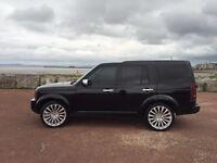 Land Rover discovery rang rover x5. Q7