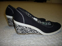 Women's Keds Wedge Shoes - Size 8