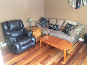 Complete household contents for sale