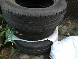 All season tires - 195/65R15 - vendu