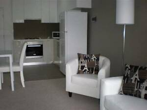 Looking for flatmates. Apt. in CBD's best location! West Melbourne Melbourne City Preview