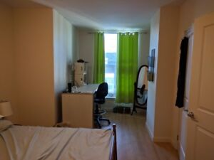 April/Mid-March Furnished Room Sublet in Downtown Halifax