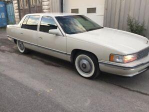 Cadillac sedan deville 1995 tres propre 139000km clasic gold